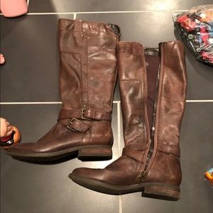 Marc Fisher brown riding boot. Size 6